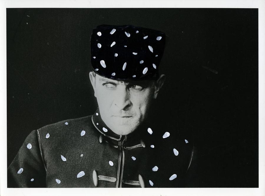 Monsieur Pierre Navarre dans le rôle de Fantômas Générique de «Fantômas, à l'ombre de la guillotine» 1913. Louis Feuillade Capitaine Lonchamps Neige, 2011 technique mixte sur photographie ancienne, 18 x 24 cm