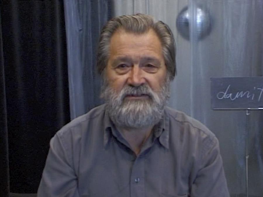 Pit Therre, dans une vidéo de Suchan Kinoshita